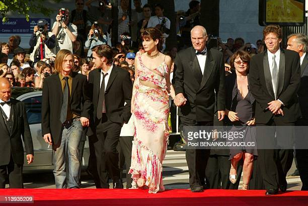 55th Cannes film festival Stairs of 'Murder by Numbers' In Cannes France On May 24 2002Michael Pitt Ryan Gosling Sandra Bullock Director Barbet...