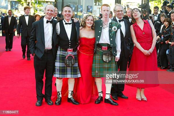 """55th Cannes film festival: Stairs of """"Sweet Sixteen"""" In Cannes, France On May 21, 2002-Martin Compston, Ken Loach, Anne-Marie Fulton, William Ruane ."""
