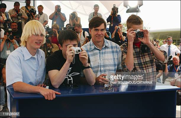 56th Cannes Film Festival Photocall of 'Elephant' in Cannes France on May 18 2003 John Robinson Alex Frost Gus Van Sant and Elias Mc Connell