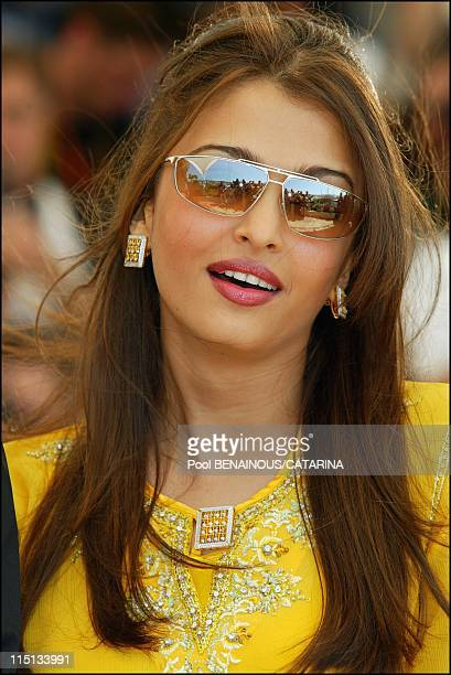 56th Cannes Film Festival PhotoCall of Jury in Cannes France on May 14 2003 Aishwarya Rai