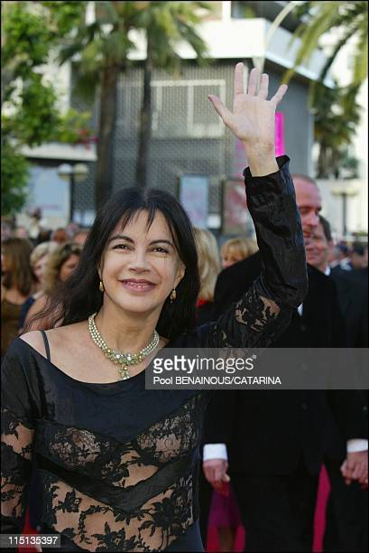 56th Cannes Film Festival Stairs of 'Les invasions barbares' in Cannes France on May 21 2003 Carole Laure