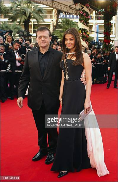 56th Cannes Film Festival Stairs of 'The Matrix reloaded' in Cannes France on May 15 2003 Patrice cherreau and Aishwarya Rai