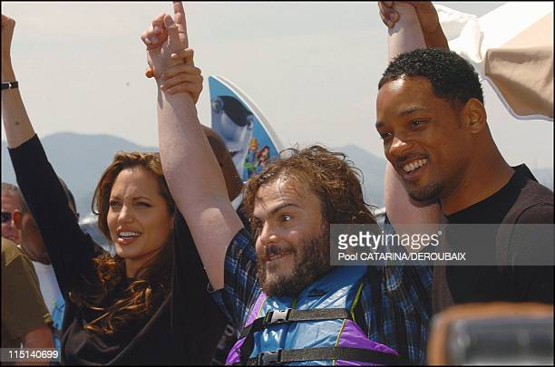 57th Cannes Film Festival Photocall of 'Shark Tale' in Cannes France on May 14 2004 Angelina Jolie Jack Black Will Smith voices for the animated film...