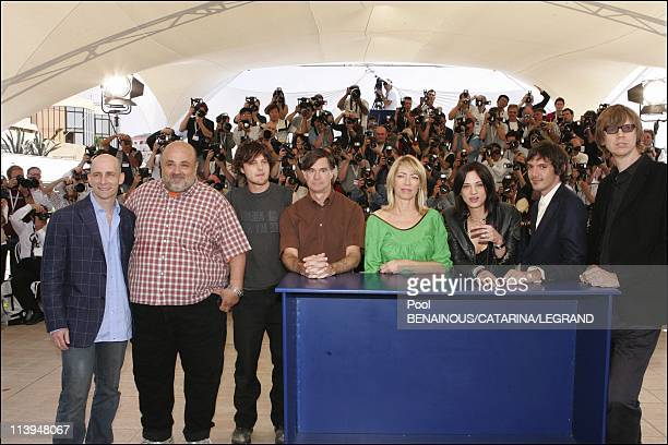 58th Cannes Film Festival Photocall of Last days In Cannes France On May 13 2005Lukas Haas Michael Pitt Gus Van Sant Kim Gordon Asia Argento Dany...