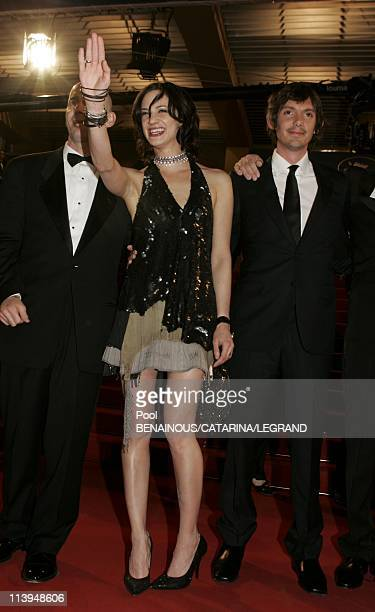 58th Cannes Film Festival Stairs of Last days In Cannes France On May 13 2005From left actor Lukas Haas actress Asia Argento and American producer...
