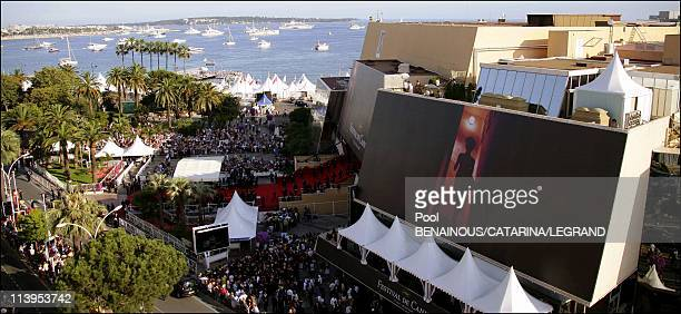 59th Cannes Film Festival Stairs of Quand j'etais chanteur in Cannes France on May 26 2006Palais des Festivals