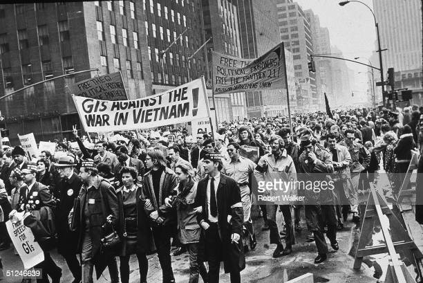 5th April 1969 Demonstrators march up Avenue of Americas on their way to Central Park in New York as part of a rally against the Vietnam War