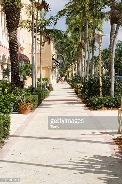 5th avenue shopping - naples florida stock pictures, royalty-free photos & images
