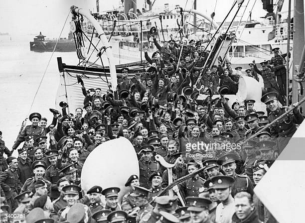 Troops from the Tank Corps the Sherwood Foresters and the Highlanders board the 'Nevasa' at Southampton bound for India