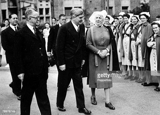 5th July 1948 England Welsh Labour politician Aneurin Bevan with a group of nurses on the day that the National Health Service came into being