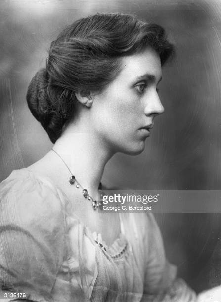 British artist Vanessa Bell the sister of Virginia Woolf and wife of art critic Clive Bell all of whom were members of the Bloomsbury Group
