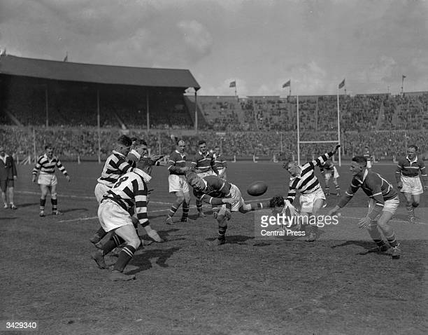 Hunslet beats Widnes in the Rugby League Cup Final at Wembley.