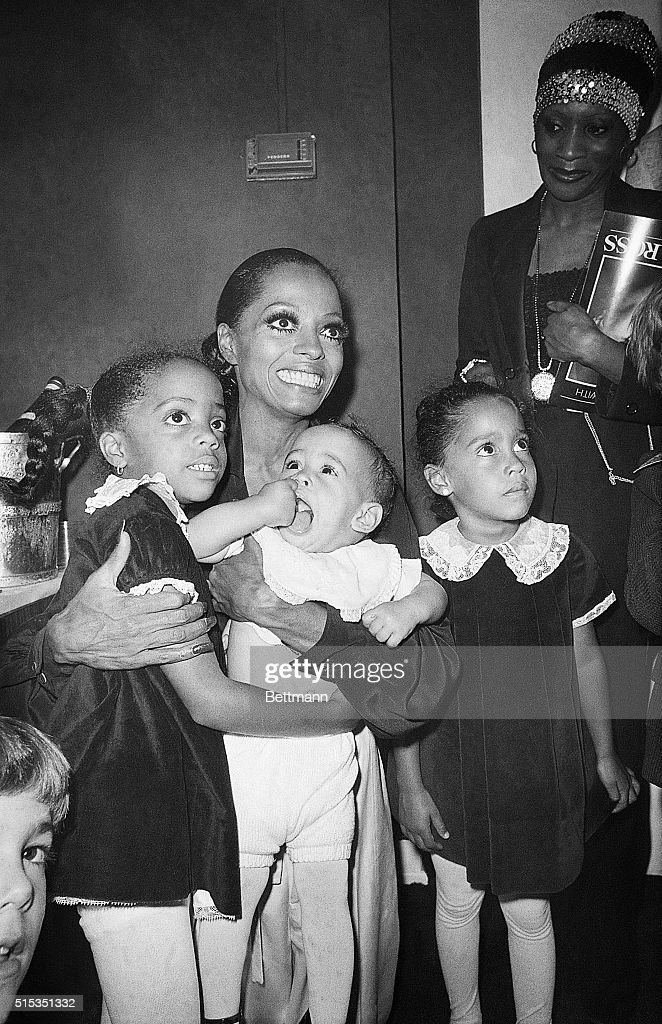 Diana Ross with Her Daughters : Nachrichtenfoto