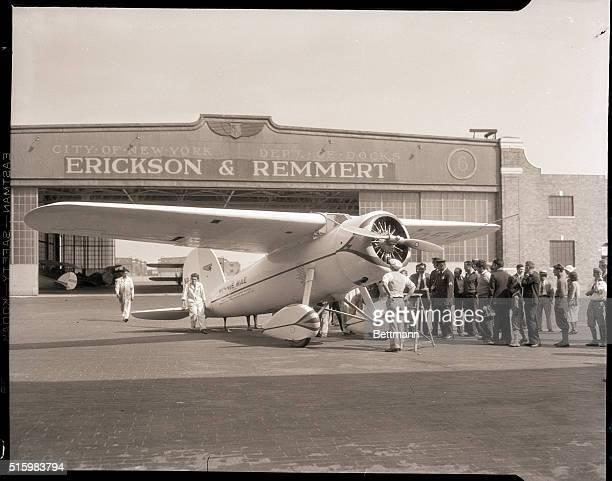 6/15/1933Floyd Bennett Field NY Wiley Post of Oklahoma roundtheworld flyer arrived at Floyd Bennett Field in his globegirdling plane Winnie Mae 6/15...