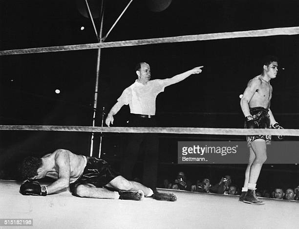 6/22/1937Chicago IL Joe Louis knocks out Jim Braddock in the eighth round of their 6/22 fight in Chicago