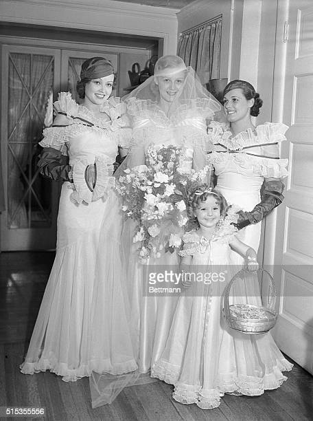 6/23/1933Hollywood CA Actresses Lona Andre Gloria Stewart Eleanor Holm and Shirley Jane Temple are shown at the Assistance League Fashion Show Temple...