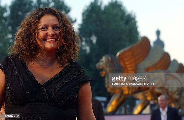 62nd Venice Film Festival Photocall of the movie 'Romance and cigarettes' by director John Turturro with James Gandolfini and Susan Sarandon In...