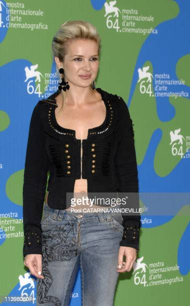 64th Venice Film Festival Photocall of the film 'In the valley of Elah' with Charlize Theron In Venice Italy On September 01 2007actress Kierston...