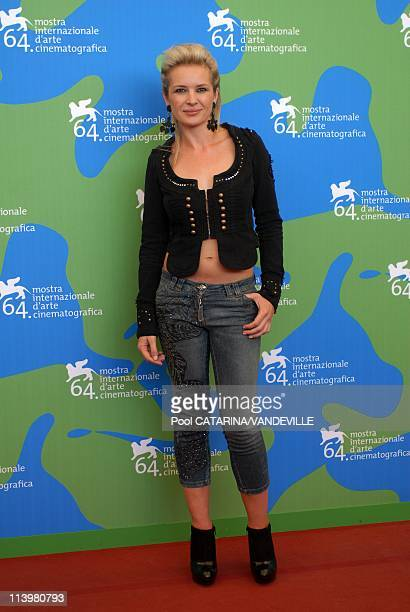 64th Venice Film Festival Photocall of the film 'It's a free world' by Ken Loch In Venice Italy On September 01 2007actress Kierston Wareing 64th...