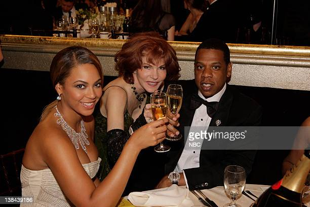 66th ANNUAL GOLDEN GLOBE AWARDS Pictured Beyonce Knowles Jay Z and friends during a candid moment at the 66th Annual Golden Globe Awards held at the...