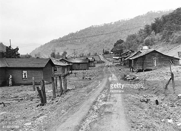 6/7/1937Dartmont KentuckyA mine camp at Dartmont near Evarts KY in Harlan County In this mine the coal vein has run out causing the abandonment of...
