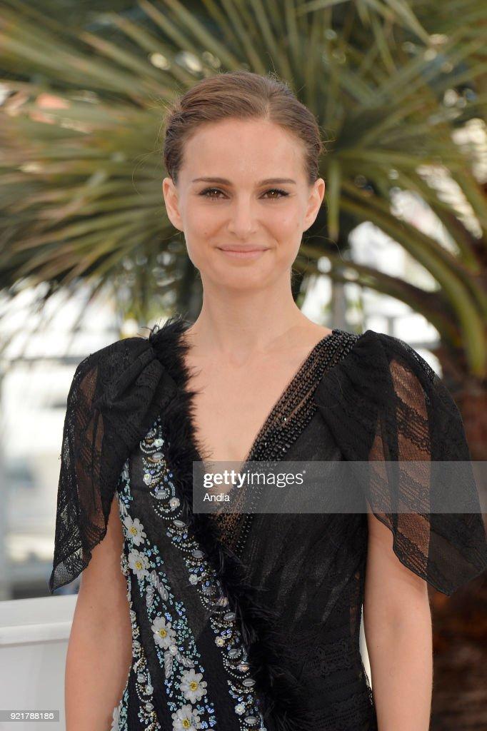 Actress and filmmaker Natalie Portman. : News Photo
