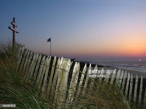 CONTENT] 69ème anniversaire du débarquement des forces alliées en Normandie La côte de nacre est jalonnée de lieux témoins des combats acharnés du...