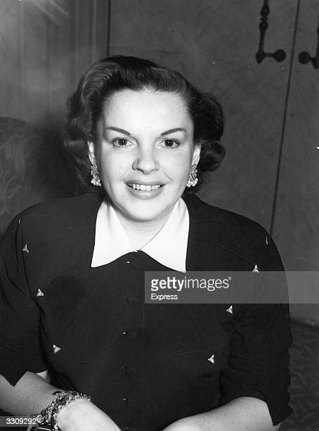 Judy Garland, born Frances Gumm , US film actress and singer, at the Dorchester Hotel.