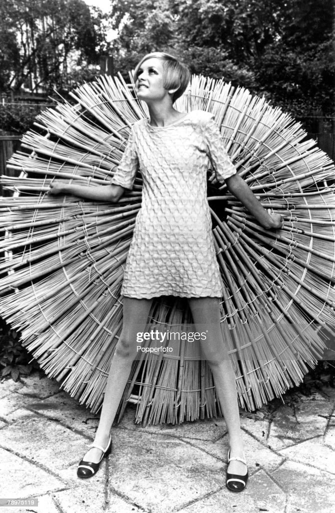 6th August 1966, Fashion+s newest sensation, 16 year old Lesley Horney, known as Twiggy
