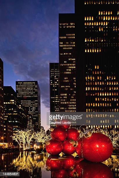6th Avenue New York at christmas