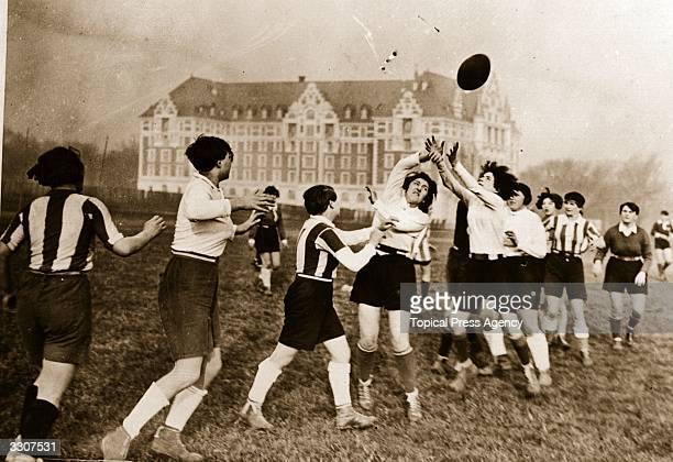 Line out during a women's rugby match at Gentilly, near Paris.