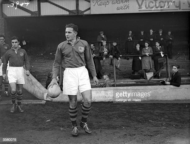 Trevor Allen playing captain of the Australian Rugby Union Team known as the Wallabies leading his team out for a match against Hants and Sussex...