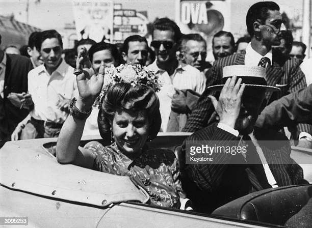 Eva Peron the wife of the Argentinian President during a tour of the commercial show in Milan