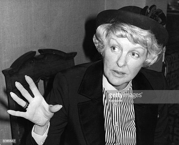 Comedienne Elaine Stritch is the first American to open the Chelsea Antiques Fair