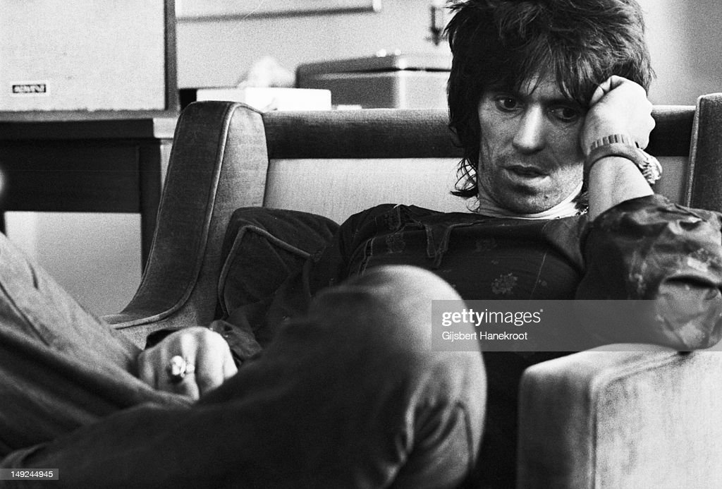 Keith Richards from The Rolling Stones posed at the Hilton Hotel in Brussels, Belgium on 6th May 1976.