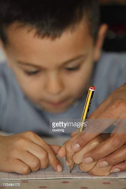 6yearold boy learning to write