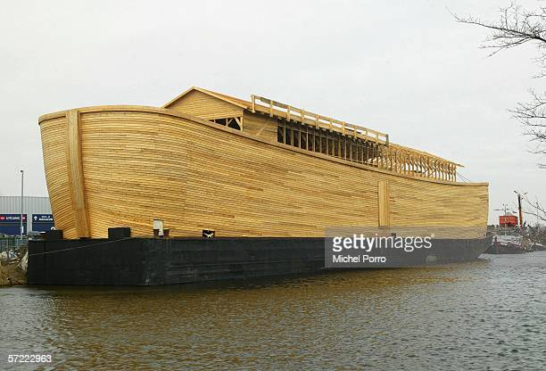 A 70metrelong Noah's Ark replica constructed of steel and American cedar waits to be finished on March 31 2005 in Schagen Netherlands The almost EUR...