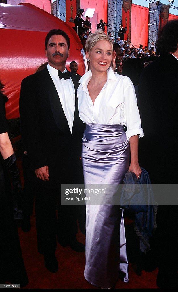 70th Annual Academy Awards - Arrivals : News Photo