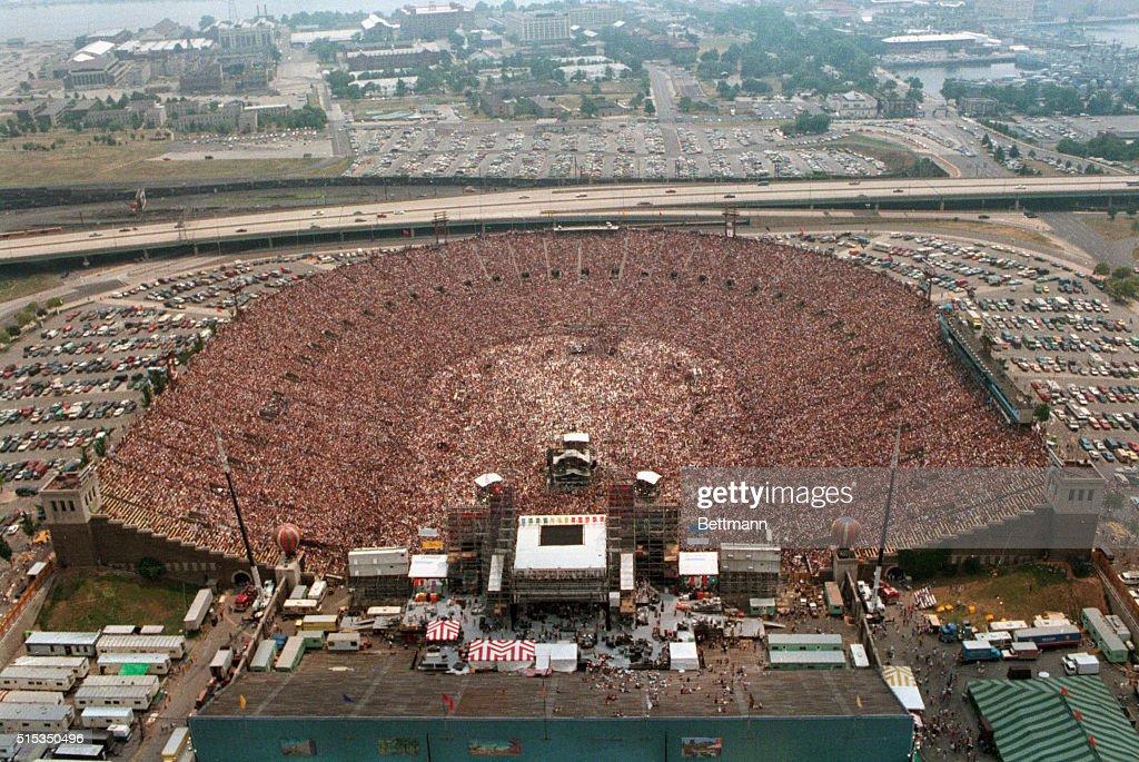 Aerial View of Packed JFK Stadium : News Photo