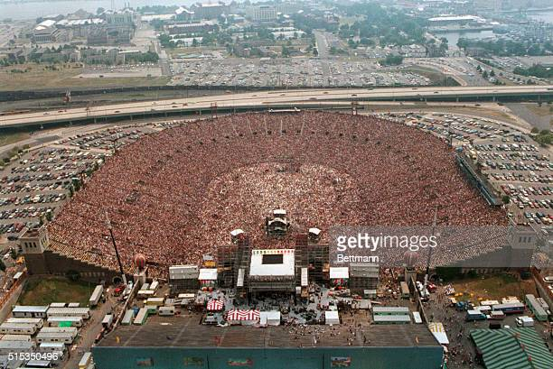 7/13/1985Philadelphia PennsylvaniaThe Live Aid Concert at JFK Stadium An aerial view displays the packed stadium in its entirety