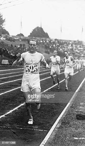 7/19/1924Paris France Paavo Nurmi of Finland winning the 1500meter Olympic race