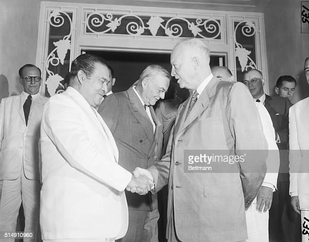 7/1956PanamaGeneral Fulgencio Batista President of Cuba with President Dwight Eisehower at an OAS meeting in Panama