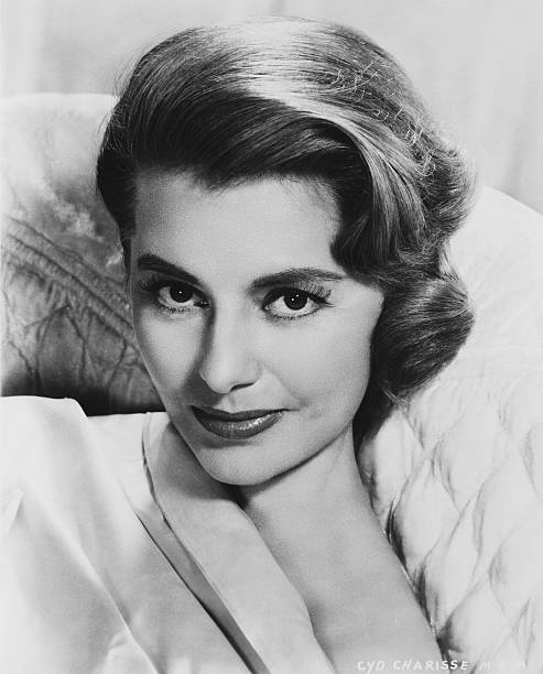 71959cyd-charisse-hollywood-actress-pict