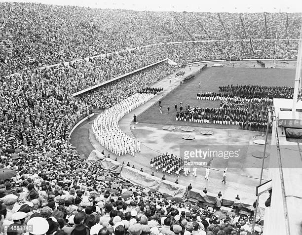 7/21/1952Helsinki Finland Soviet Russia which has established a reputation for walking out departs from custom and walks into the Olympics Here is...