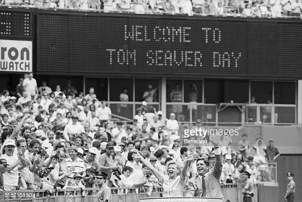 7/21/1988New York NY Tom Seaver and his wife Nancy wave to the fans at Shea Stadium during Tom Seaver Day where they retired his number prior to game...