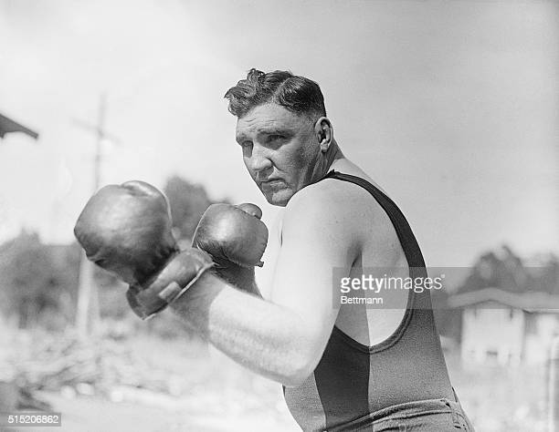 Hollywood, California- First photos of Jess Willard, former heavyweight champion of the world who starts training for a return bout with Jack...