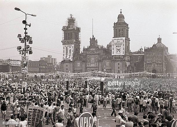 7/2/1982Mexico City MexicoParty supporters congregate at the Institutional Revolutionary Party's final rally for Miguel de la Madrid in Mexico City's...