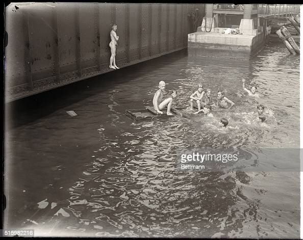 Boys Swim Nude In East River Pictures Getty Images