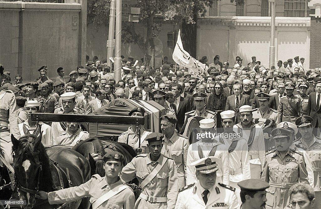 Empress Farah with Nixon Following Casket : News Photo