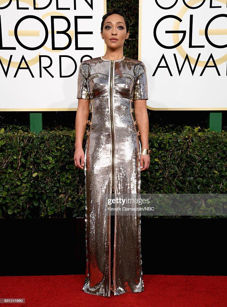 "NBC's ""74th Annual Golden Globe Awards"" - Arrivals : News Photo"